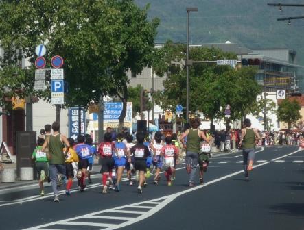 出雲駅伝 IVYリーグの学生さんも一緒に走っています